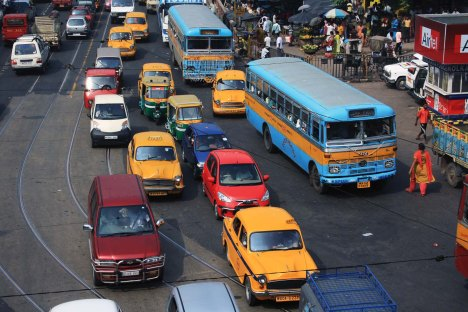 traffic_in_kolkata_bona