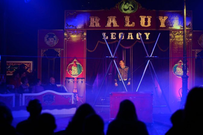 """Circo y el restaurante más antiguo de Catalunya, en """"EV 06"""""""
